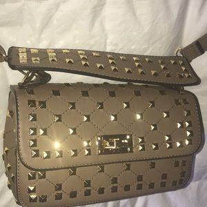 Tan brown crossbody purse with gold studs